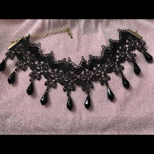 choker with beautiful black teardrop rhinestones